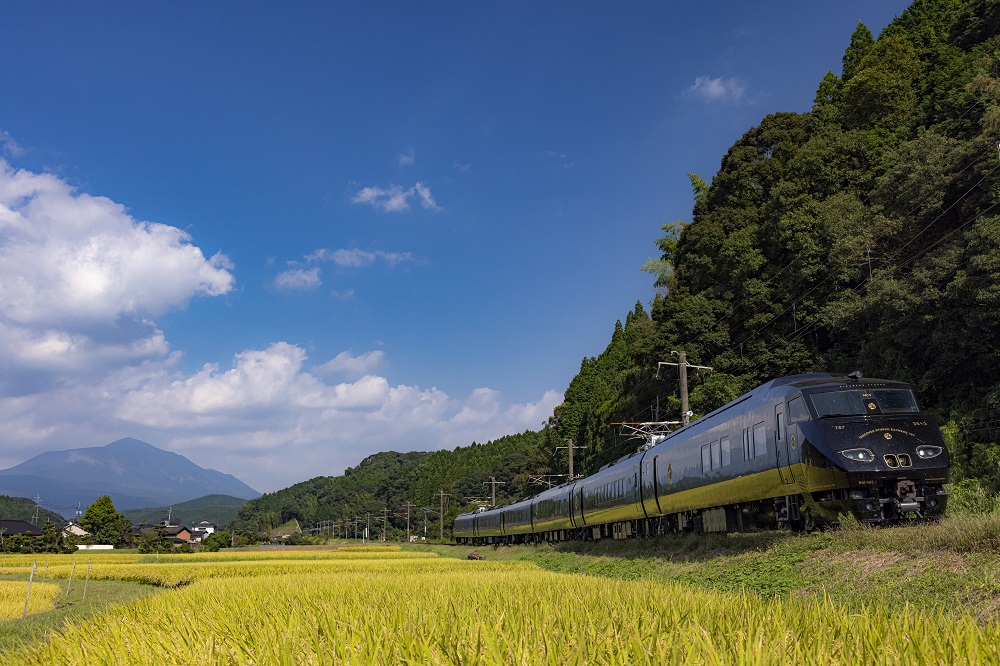 '36+3' is the latest luxury train in Kyushu perfect for sightseeing