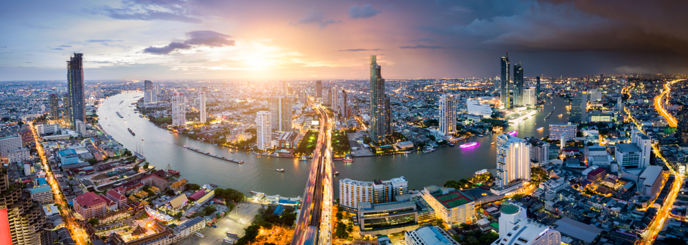 Chao Phraya River renaissance kicks off with the opening of this super lux hotel