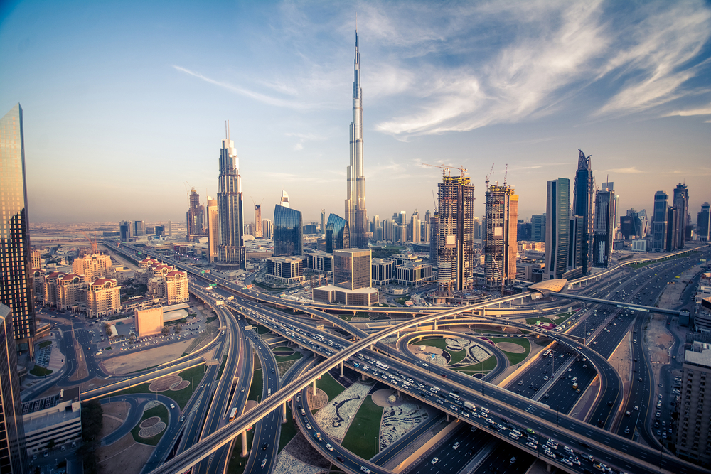Dubai Closes Bars, Limits Activities After Covid-19 Cases Spike