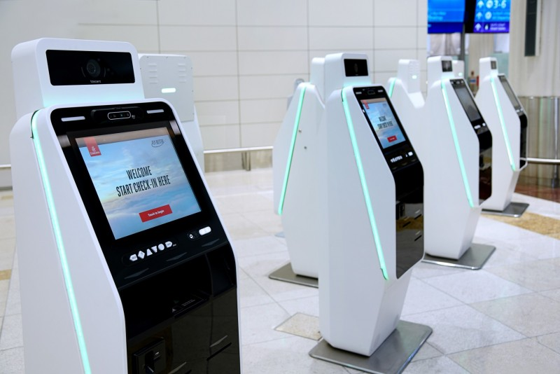 Emirates Introduces Touchless Check-in Kiosks